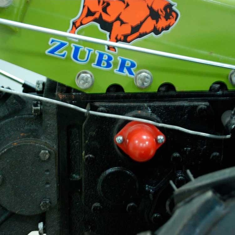 Мотоблок JR-Q79 Zubr